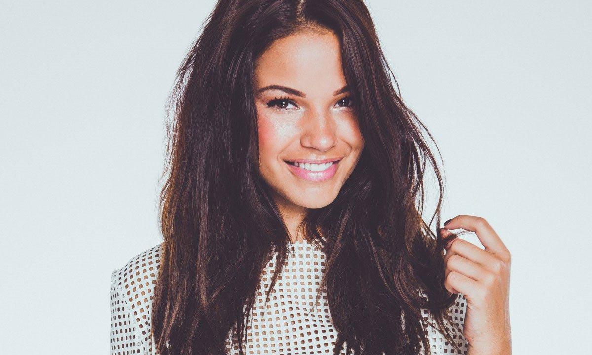 Monica Geuze - Boeken-Vlogster-DJ