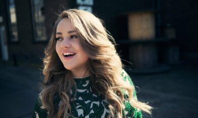 Pleun Bierbooms - TVOH arties zangeres boeken